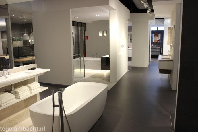 Exclusief Vloertegel Badkamer : Badkamer verbouwen hilversum tegel ambacht helpt u vakkundig