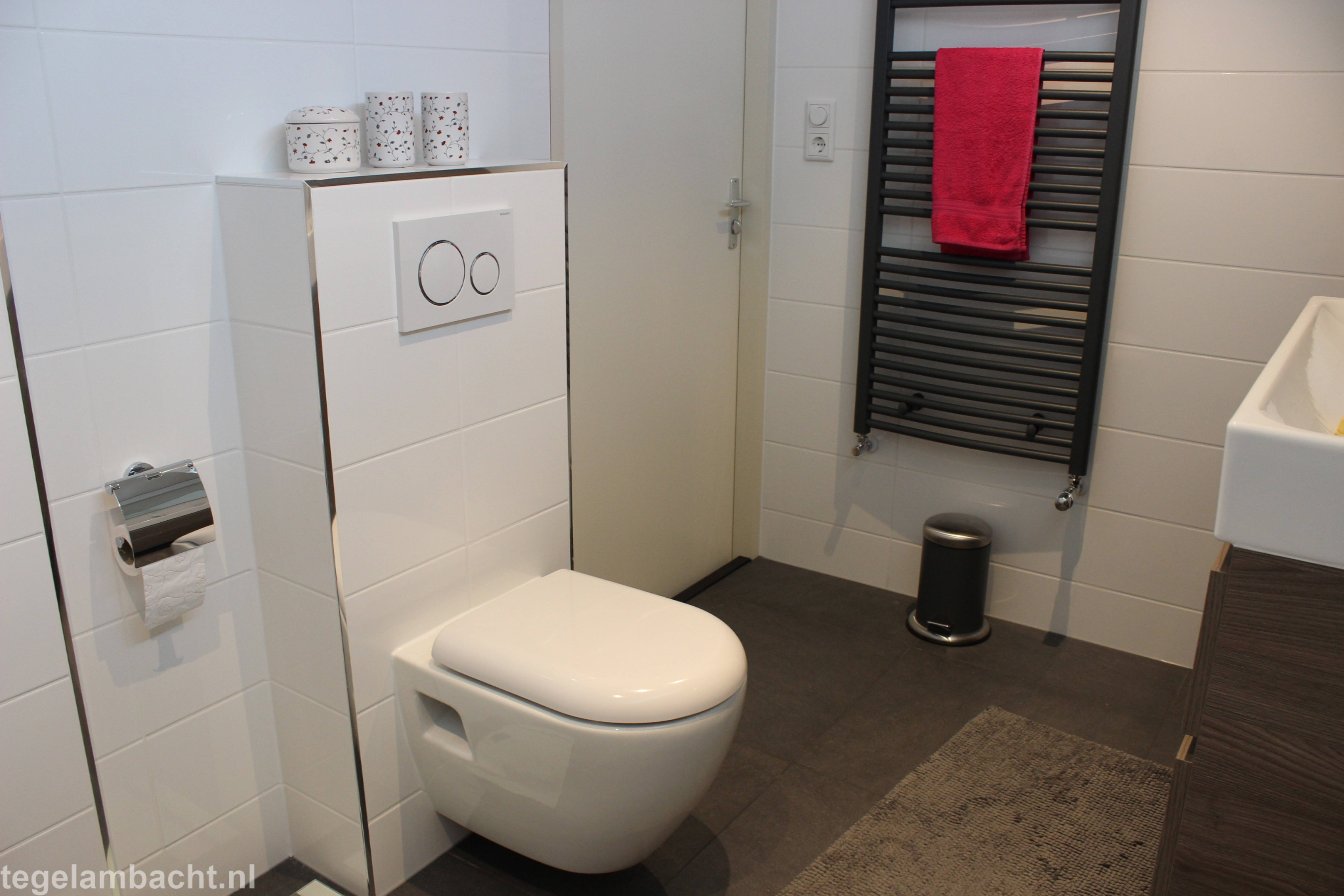 Uurtarief Badkamer Installateur : Badkamer almere project tegel ambacht